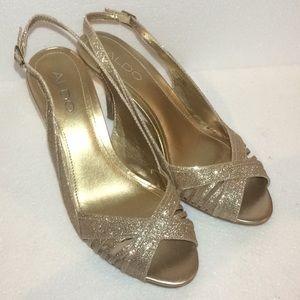 Aldo Keaty gold sling back peep toe heels